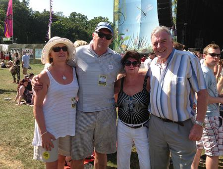 (L to r) Marie and Padraig Prendergast and Liz and Vinnie May