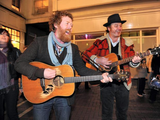Glen Hansard and Mundy have long been familiar faces among Whelan's punters