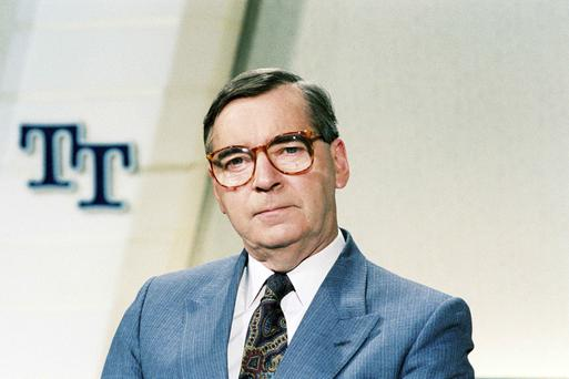 Broadcaster Brian Farrell on the set of 'Today Tonight' in 1990.