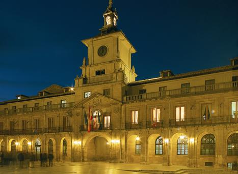 The plaza at night in Oviedo, the capital of Asturias