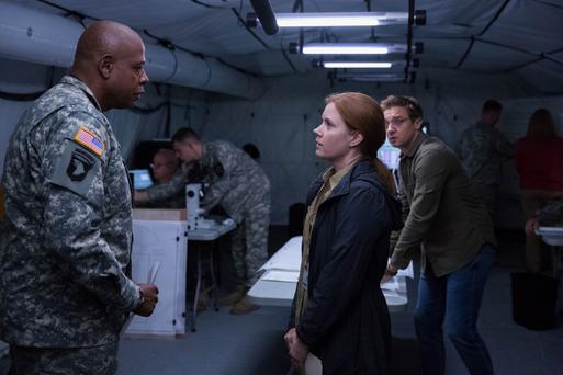 'Masterpiece': Amy Adams excels in 'Arrival', alongside Forest Whitaker and Jeremy Renner