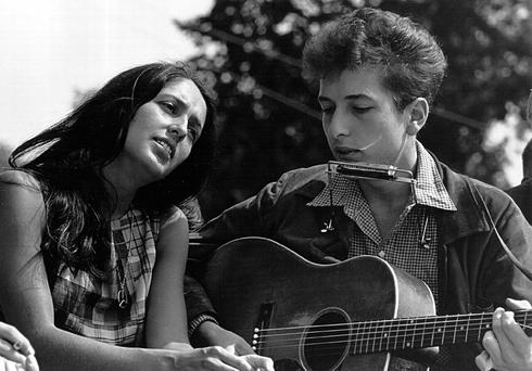 Bob Dylan with Joan Baez and Bob Dylan at a civil rights rally in Washington DC