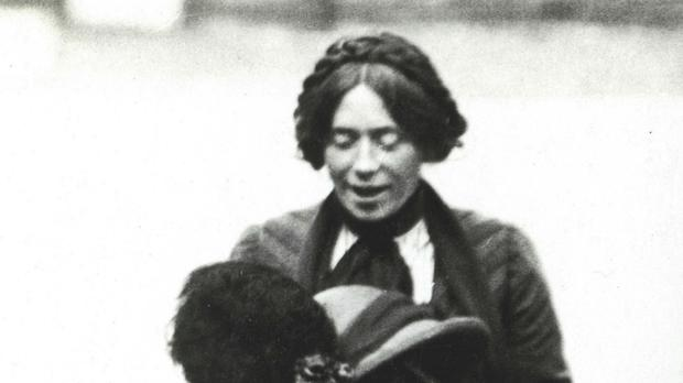 Surveillance photograph of the suffragette Gibson.