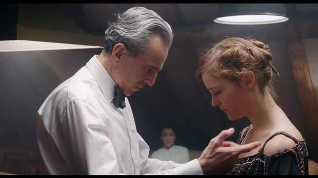 Phantom Thread is beautiful, atmospheric and quietly engaging