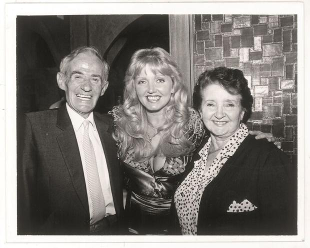 Linda Nolan with her parents