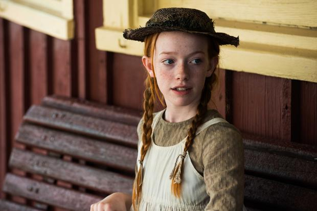 Amybeth McNulty as Anne