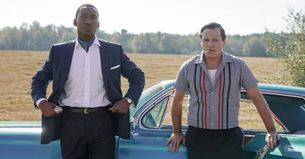 Mahershala Ali hires Viggo Mortensen to drive him around the racist deep south in the 1960s