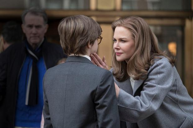 Nicole Kidman comforts a young Theo in The Goldfinch