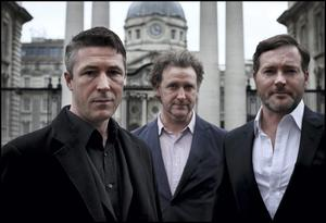 Charlie: Peter O'Meara, who plays Brian Lenihan Snr in RTE's new drama 'Charlie'  with fellow-cast members Aidan Gillen, left, and Risteard Cooper outside Government Buildings. Photo: Steve Humphreys
