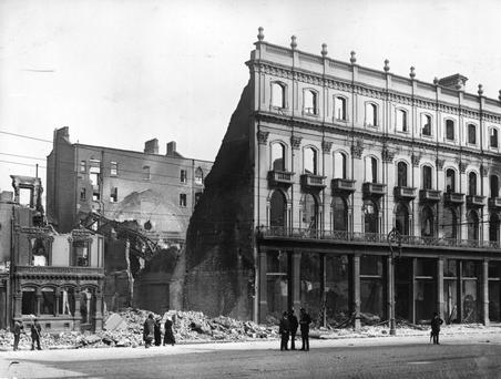 Ruins of Clery's stores and the Imperial Hotel, Dublin, destroyed in the Easter Rising. (Photo by Topical Press Agency/Getty Images)