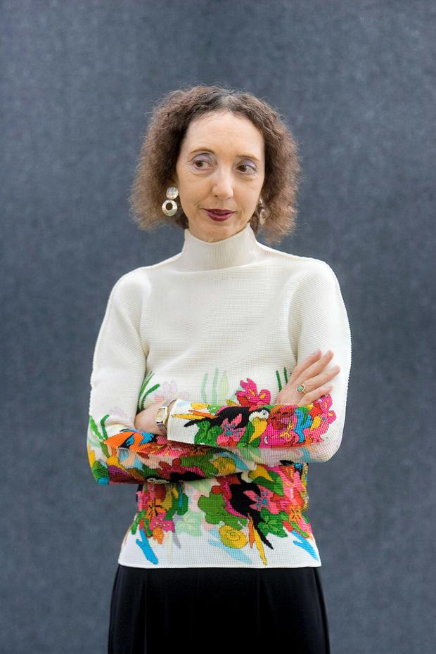 Style: Joyce Carol Oates's prose is compact, refined and spare.
