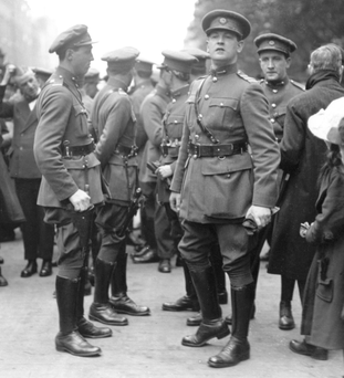 Michael Collins and Kevin O'Higgins at Arthur Griffith's