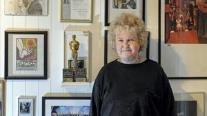 Brenda Fricker with her Oscar. Photo by Dave Meehan
