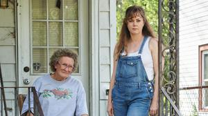 An almost unrecognisable Glenn Close (Mamaw), with Amy Adams (Bev) and Owen Asztalos (Young JD Vance) in Hillbilly Elegy. Picture: Netflix