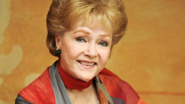 Debbie Reynolds is to be given a lifetime achievement award by the Screen Actors Guild