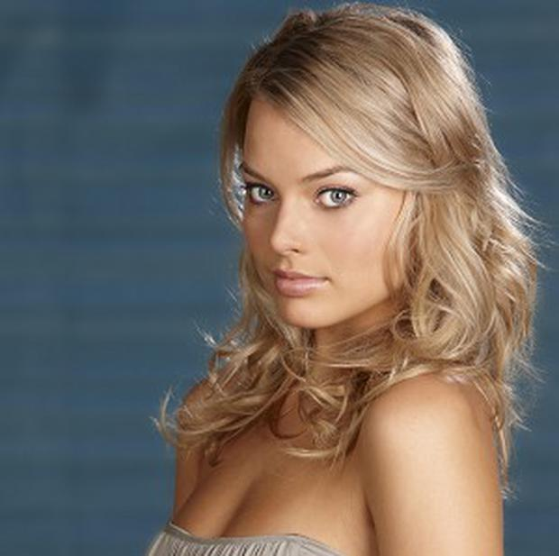 Margot Robbie will star with Will Smith in Focus