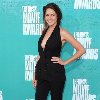 Shailene Woodley doesn't mind being asked about former co-star George Clooney
