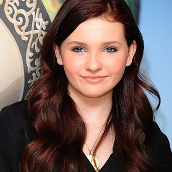 Abigail Breslin is in talks to play Arnold Schwarzenegger's daughter in Maggie