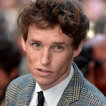 Eddie Redmayne may have been getting advice from Stephen Hawking for his latest film role