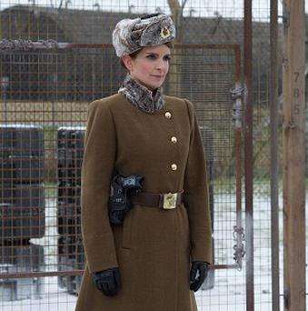 Tina Fey throws Kermit in jail in Muppets Most Wanted