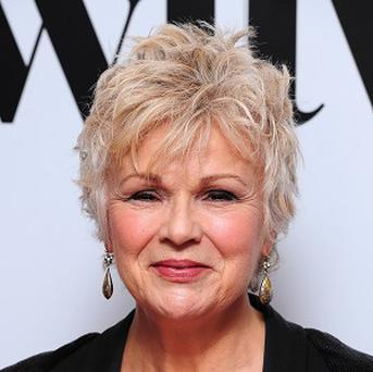 Julie Walters is to accept the Richard Harris Award at the British Independent Film Awards