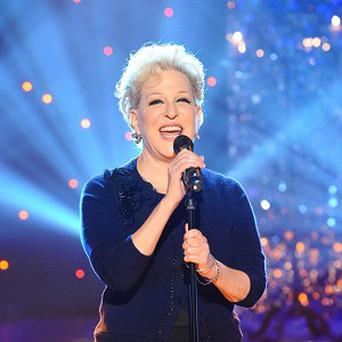 Bette Midler is to play Mae West