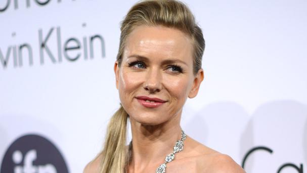 Naomi Watts doesn't think male and female filmmakers should be compared