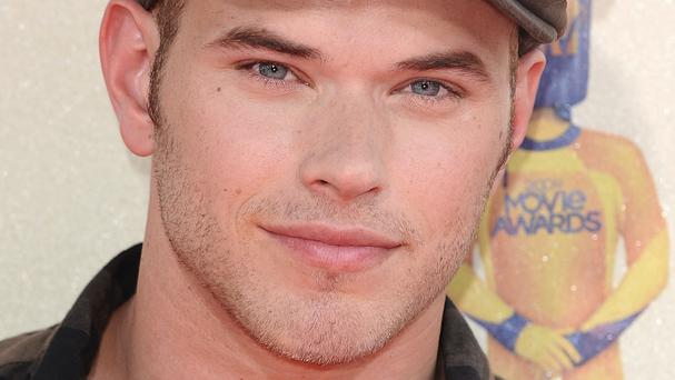 Kellan Lutz caught up with Robert Pattinson on the French Riviera