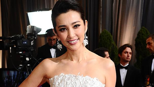 Bingbing Li stars in Transformers: Age Of Extinction