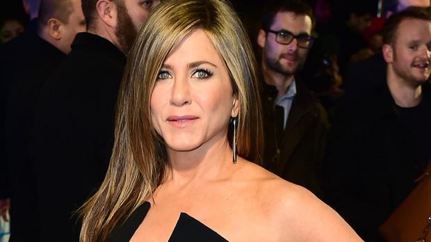 Jennifer Aniston stars in Cake