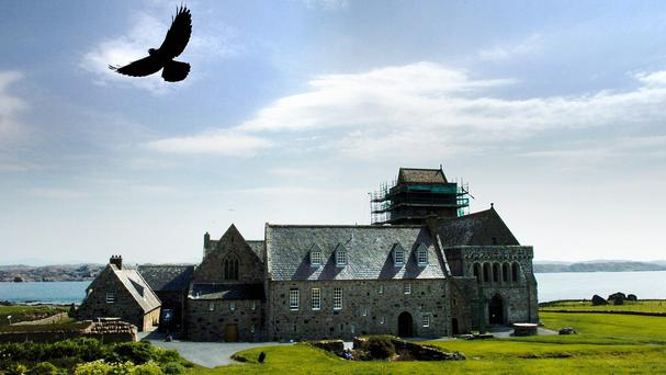 A movie set on the Hebridean island of Iona will close this year's Edinburgh International Film Festival