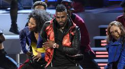 Jason DeRulo performs at the People's Choice Awards in Los Angeles. (Chris Pizzello/Invision/AP)