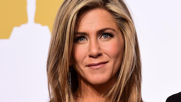 Jennifer Aniston does not have an account on Twitter or Instagram