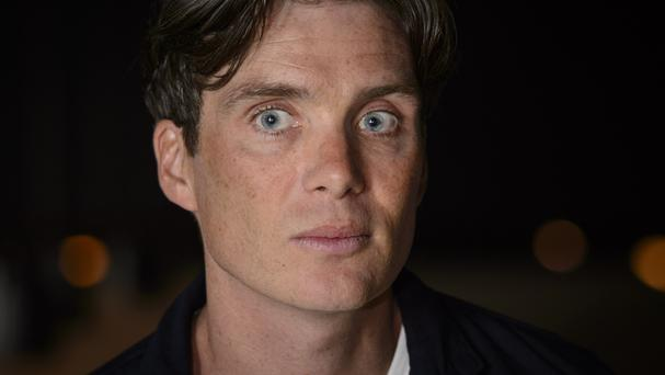 Cillian Murphy is now clean-shaven again