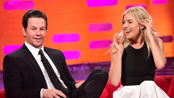 Sienna Miller leaked breast milk while hugging Mark Wahlberg at Golden Globes