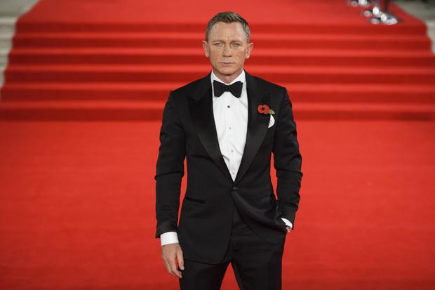 Daniel Craig signs deal to reprise Bond role for two more movies