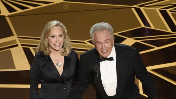 Faye Dunaway and Warren Beatty return to the 90th Oscars (Chris Pizzello/AP)