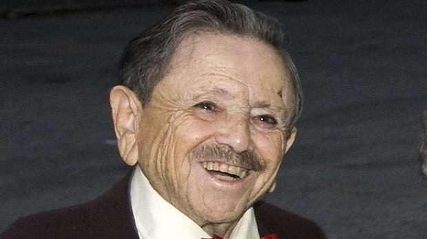 Jerry Maren has died aged 98 (Charles Sykes/AP)