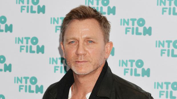 James Bond star Daniel Craig to be honoured with Hollywood ...