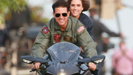 Need for speed: Tom Cruise and Jennifer Connelly in Top Gun: Maverick