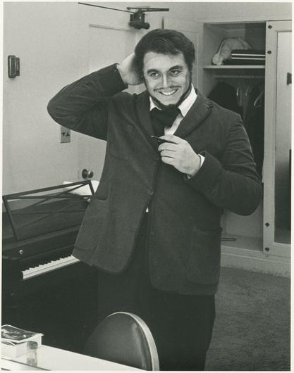 Pavarotti in his early career