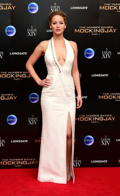 She opted for a Mugler custom dress and Norman Silverman earrings for the afterparty
