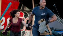 Carla Gugino and Dwayne Johnson in San Andreas