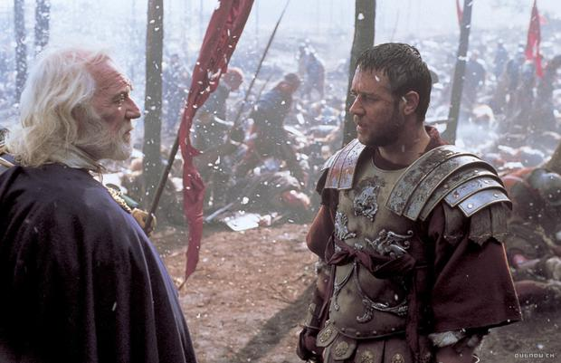 Richard Harris and Russell Crowe in Gladiator. Crowe says Harris