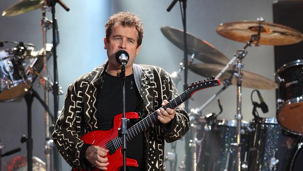 Johnny Clegg mixes Zulu traditions with Western styles