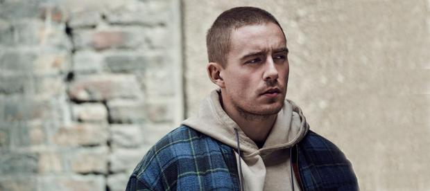 Singer song-writer Dermot Kennedy releases his new single later today