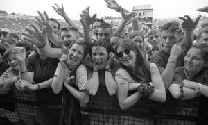 Fans at the front of the stage during Féile in 1995