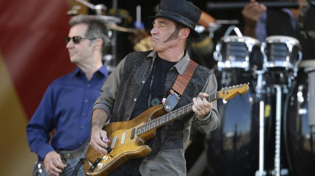Nils Lofgren has insisted he is happy to be the back-up guy in a band