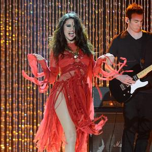 Singer Selena Gomez has already performed her new track at the MTV Movie Awards