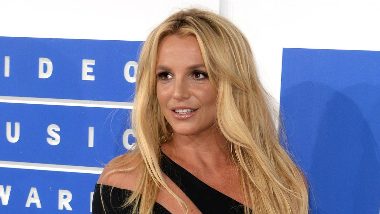 'I feel bullied and I feel left out and alone' - Britney Spears asks judge to end her conservatorship